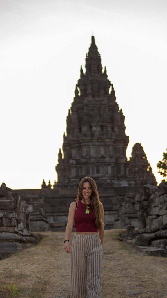 Paseando por Prambanan