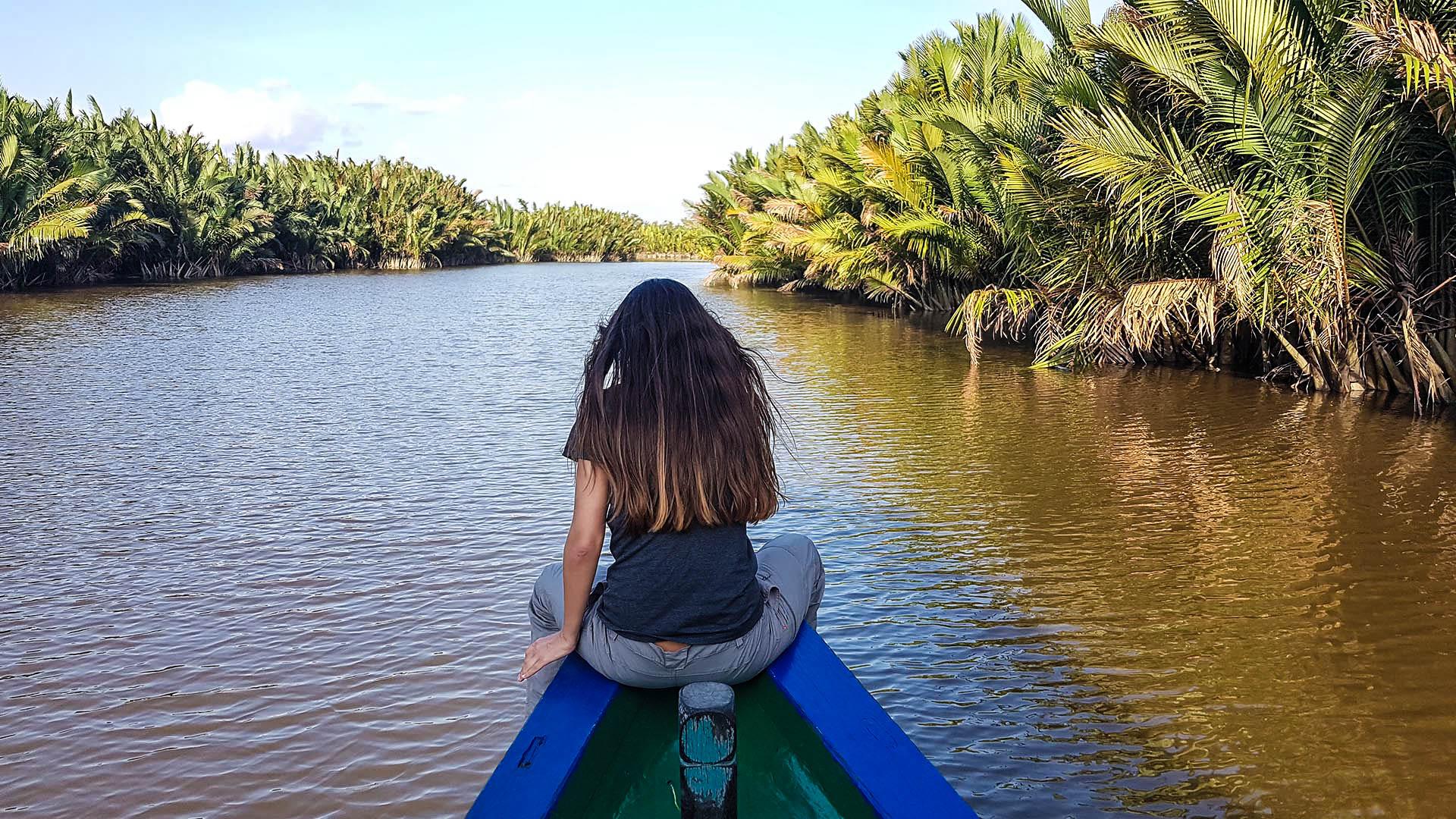 Navegando en nuestro klotok