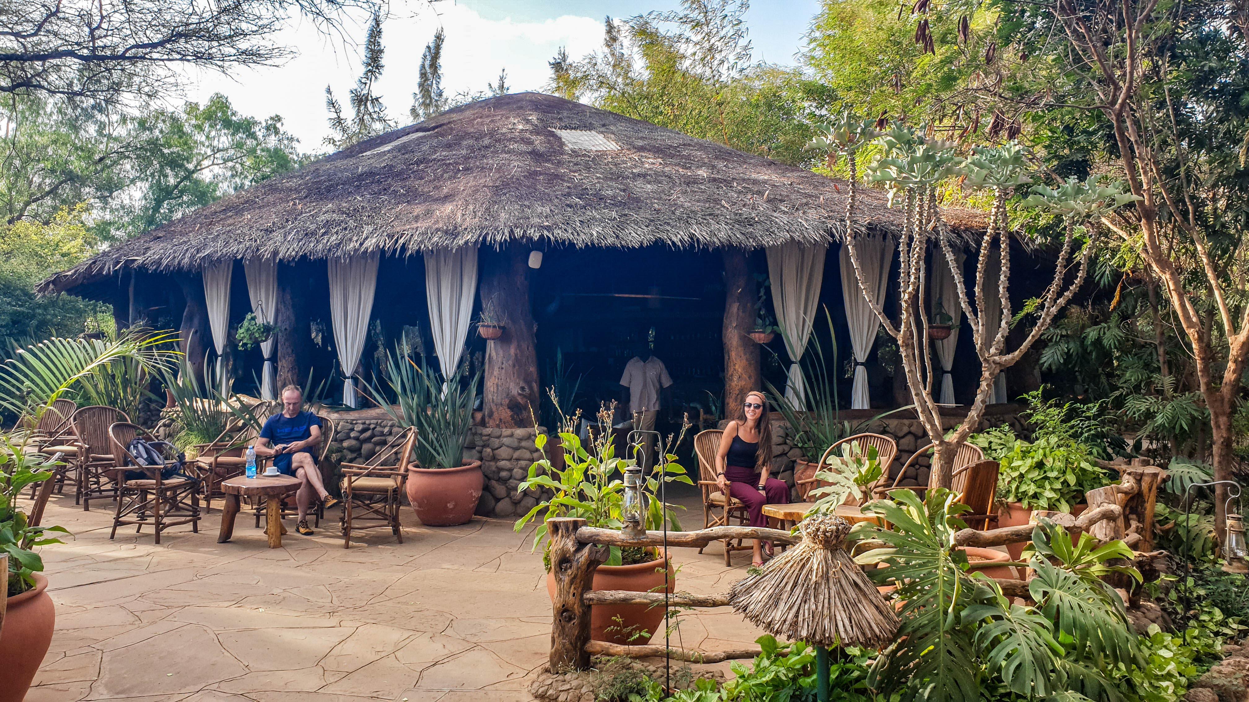 Terraza del bar en Kibo Safari Camp, Amboseli, Kenia