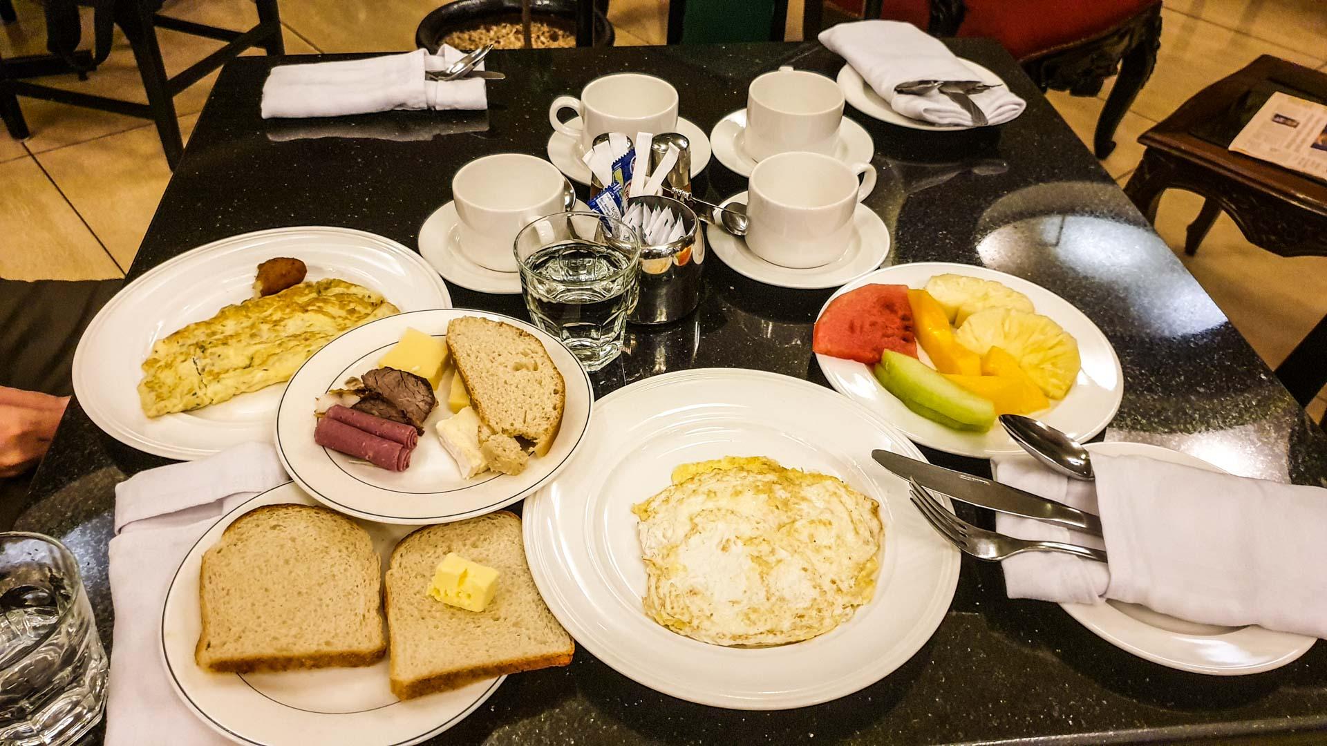 Desayuno en nuestro hotel de Nairobi, Best Western Plus Meridian