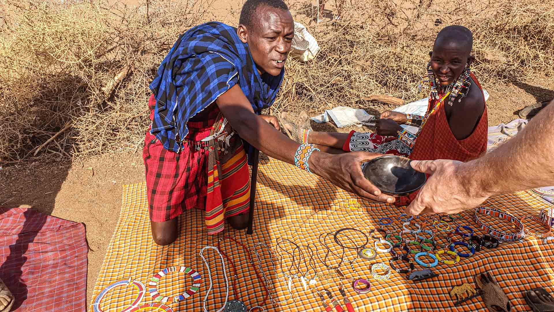 Mercado familiar de la tribu Masai