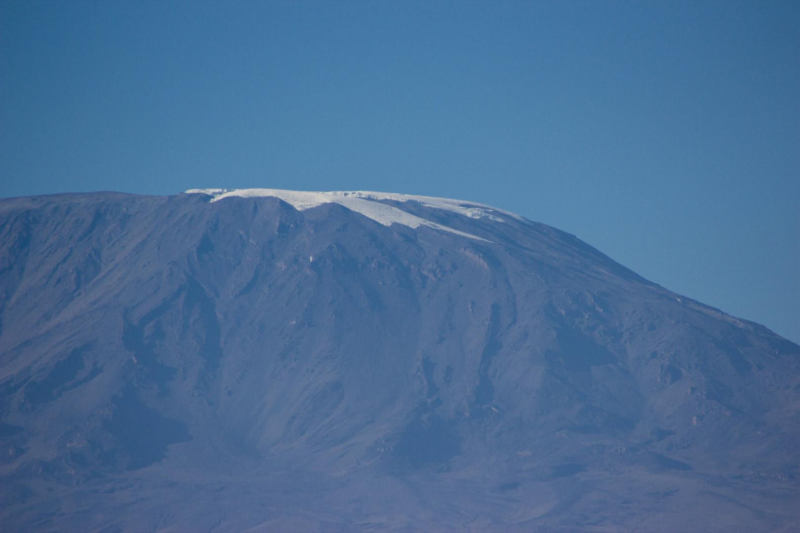 Cima nevada del monte Kilimanjaro, Amboseli, Kenia