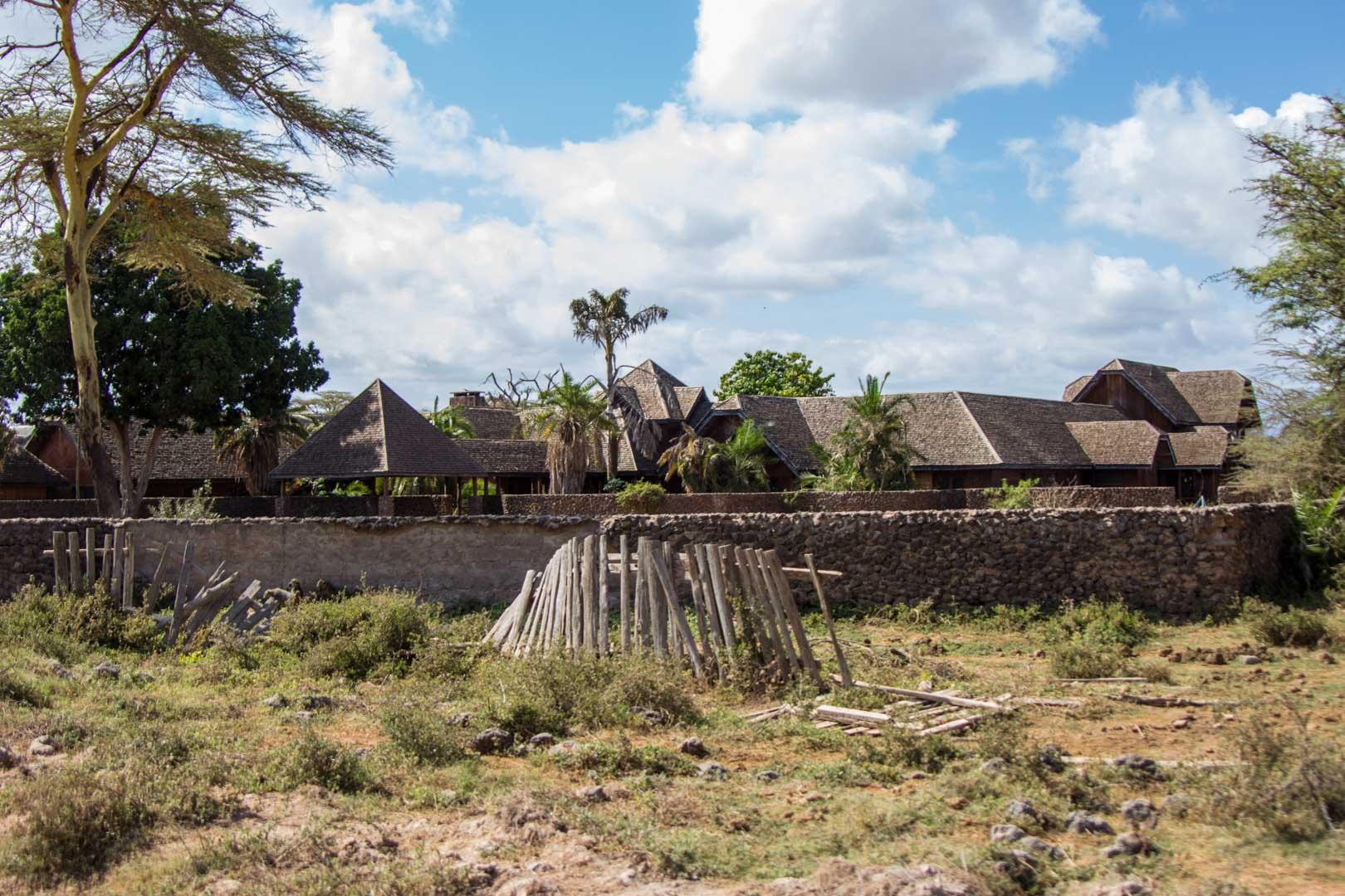 Hotel abandonado en Amboseli, Kenia