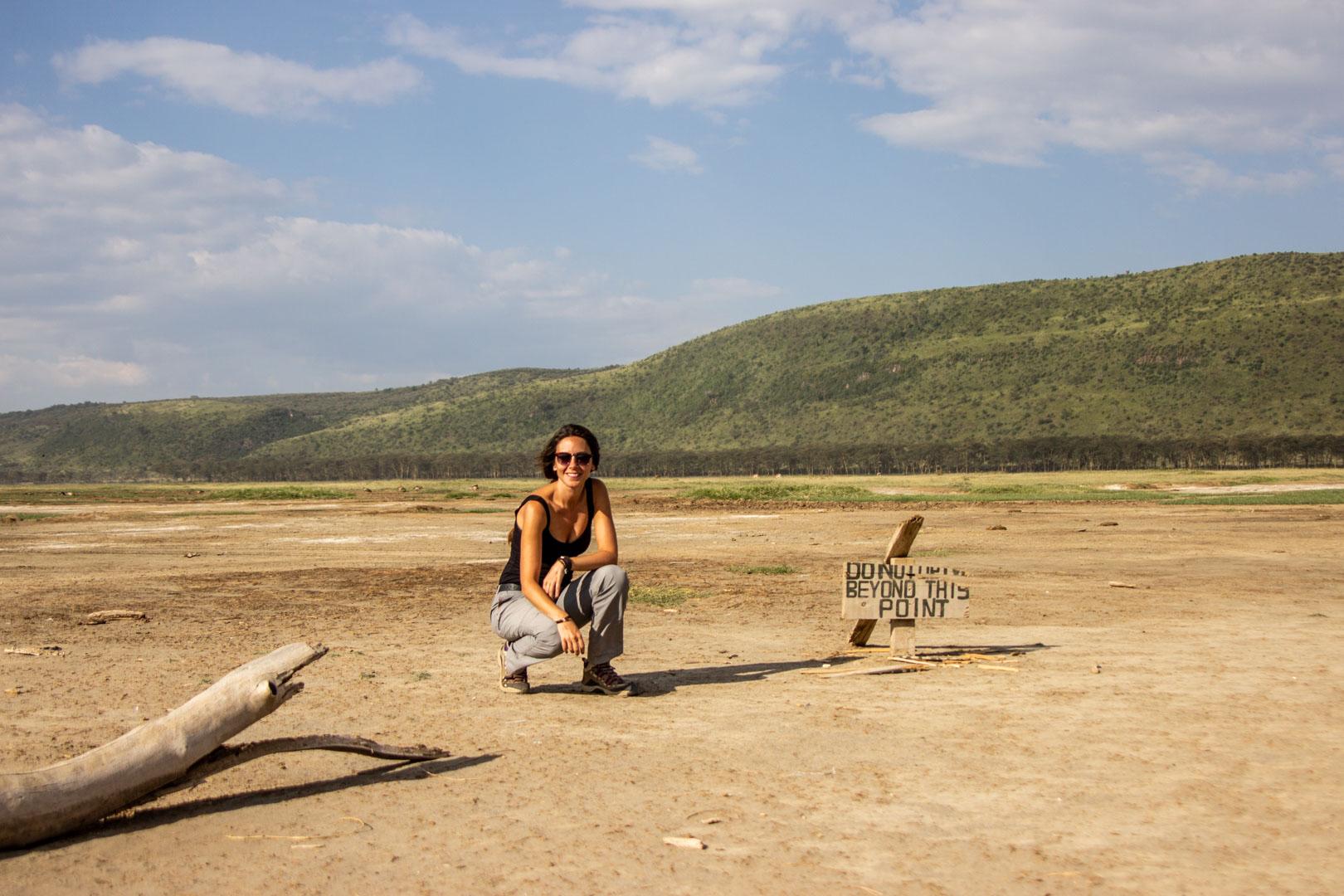 """Cartel de """"no pasar"""" en Lago Nakuru, Kenia"""