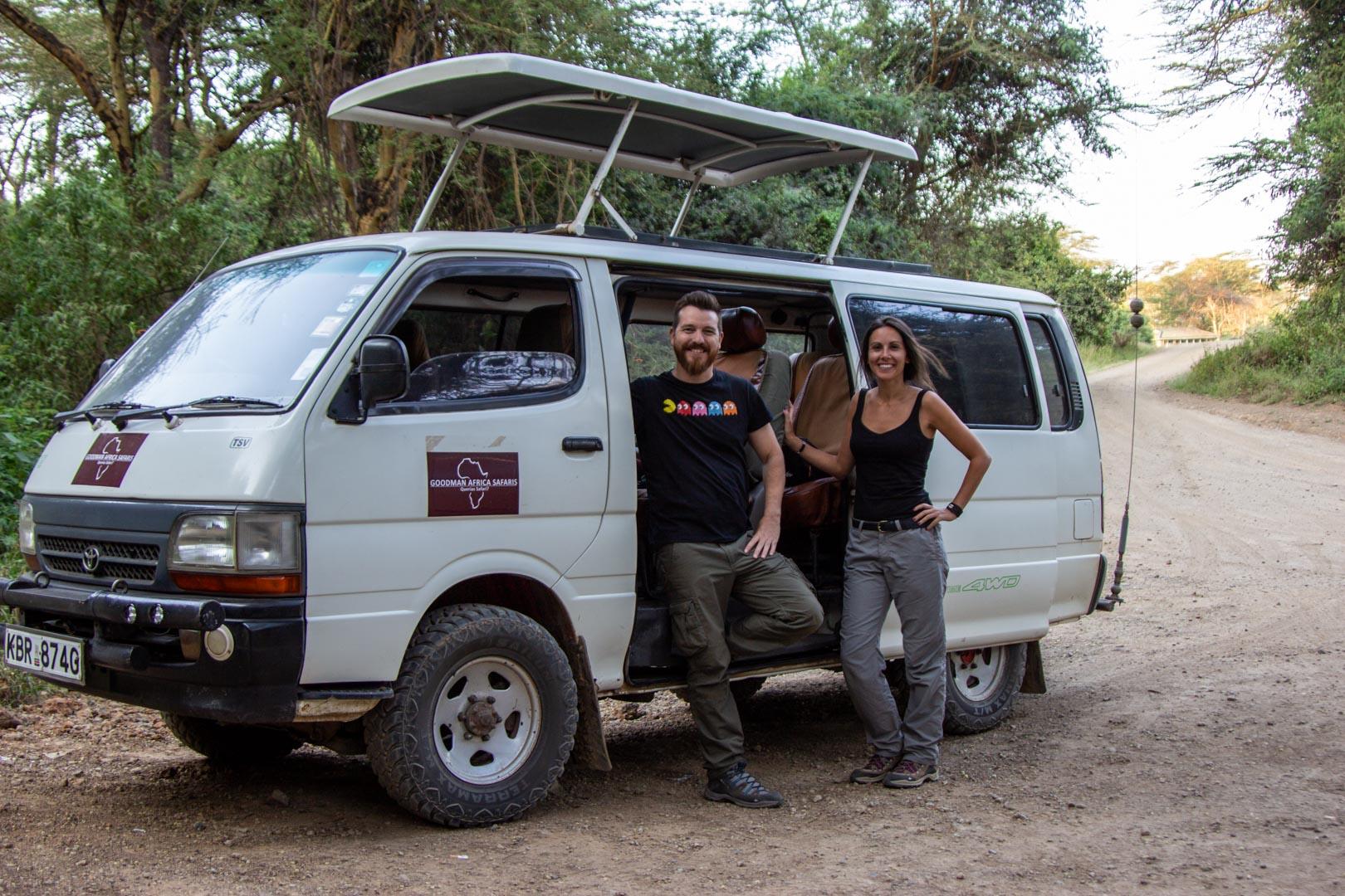 Nuestra furgo durante el safari en Kenia