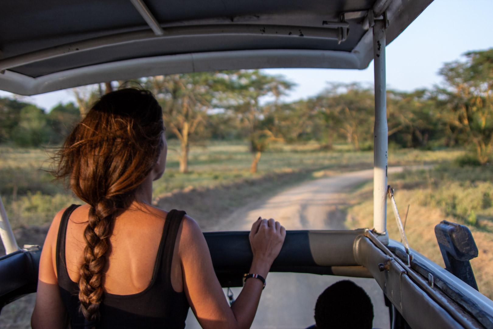 Recorriendo Lago Nakuru al atardecer, Kenia