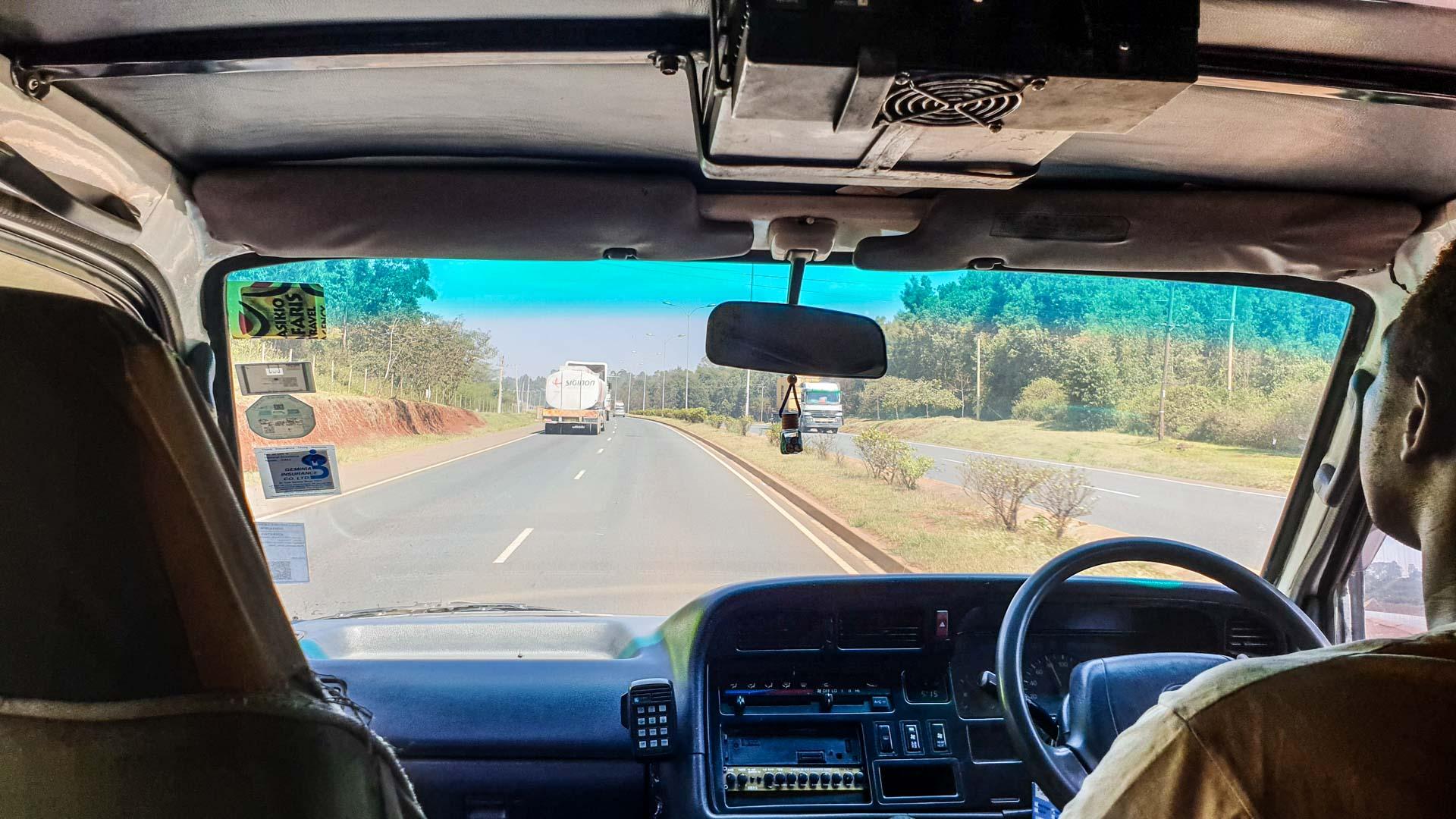 Carretera de Amboseli a Lago Nakuru, Kenia