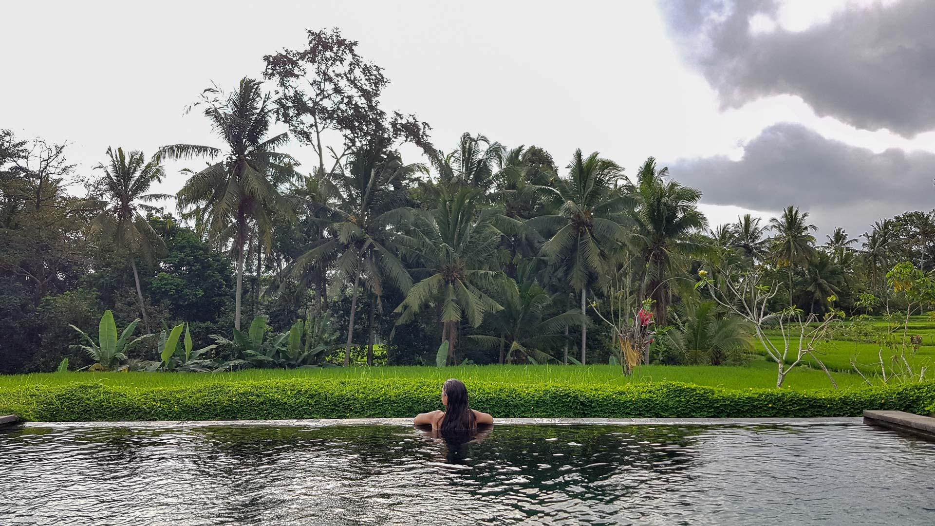 Kishi – Kishi Ubud Villas, piscina infinita