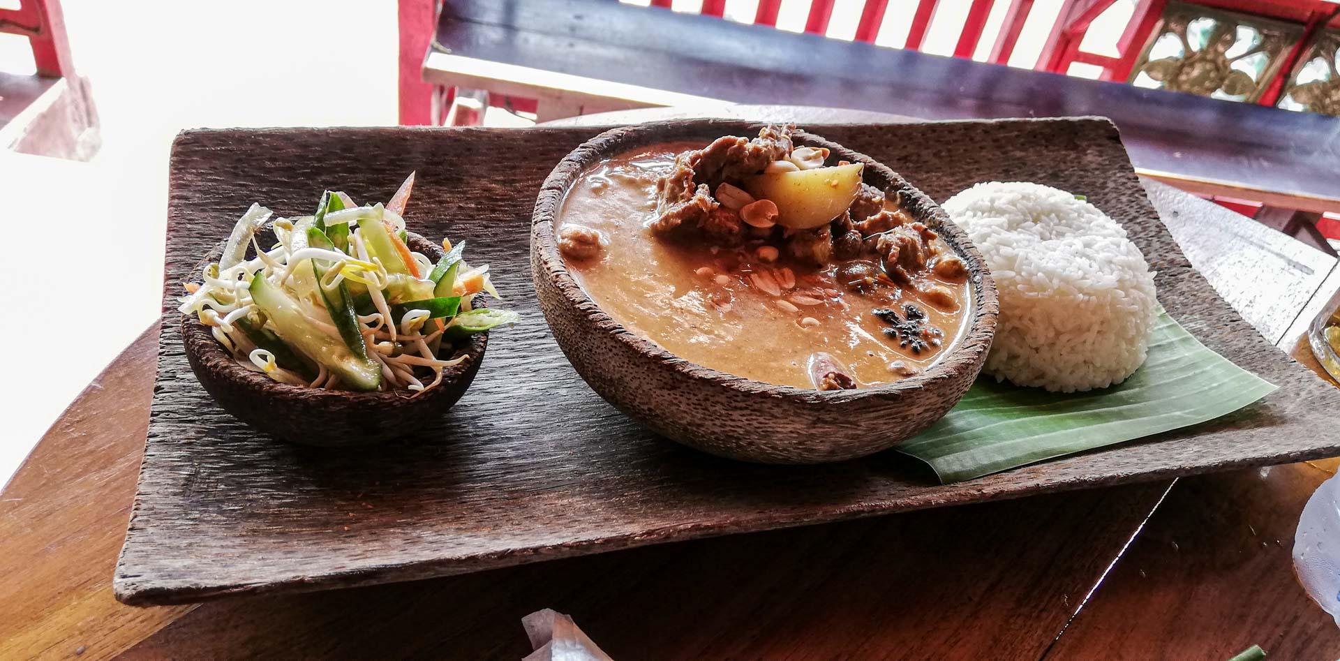 Sopa en Warung Siam, Ubud, Bali