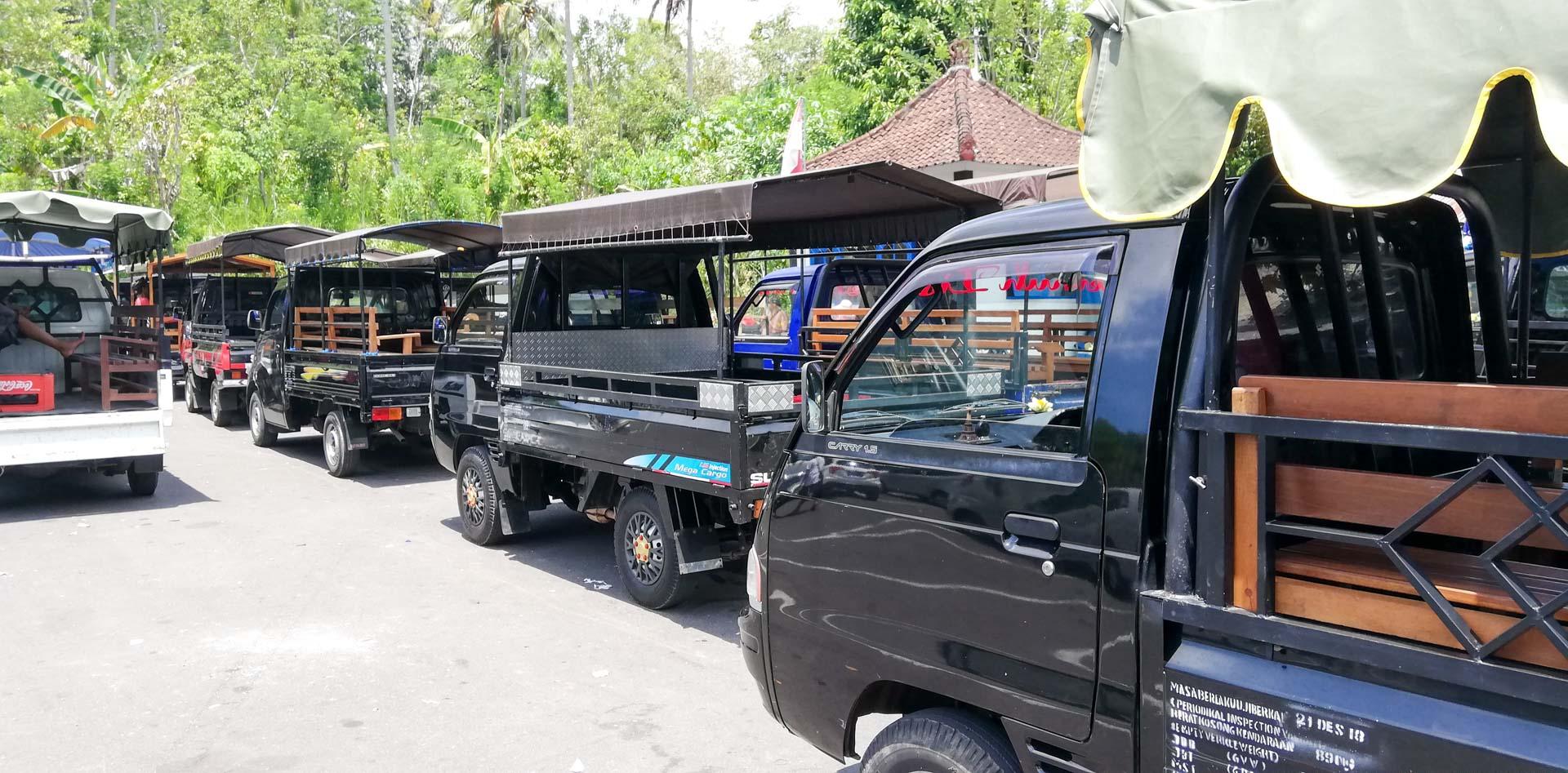 Minivans para subir hasta el templo Penataran Agung Lempuyang